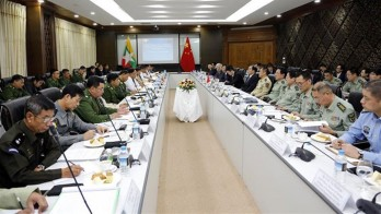 Myanmar, China vow to promote peace in border areas