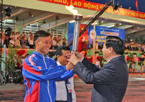 Long An: the 8th sports festival opened