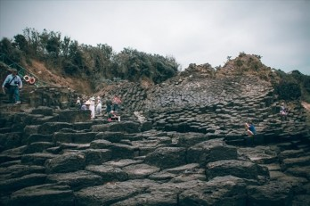 Stone formation discovered in central Phu Yen province