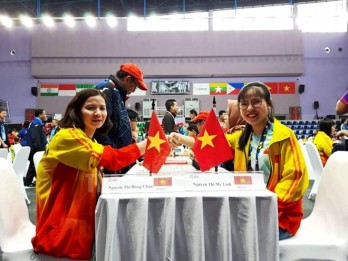 Chess team earns Vietnam two more golds at Asian Para Games