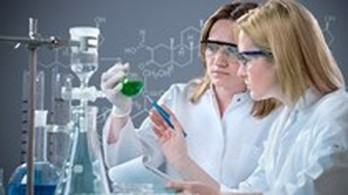 School promotes cooperation with enterprises in biotechnology