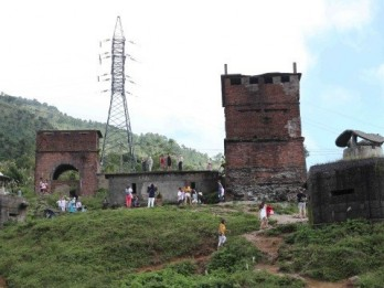 Two localities join hands to preserve Hai Van Gate national relic site