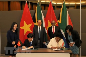 Vietnam, South Africa agree to boost comprehensive cooperation