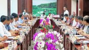 Long An leaders discuss agricultural product distribution to EU market with Sao Mai Group