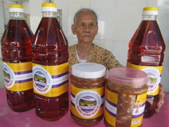 Fish sauce, pottery in central region recognized as a heritage