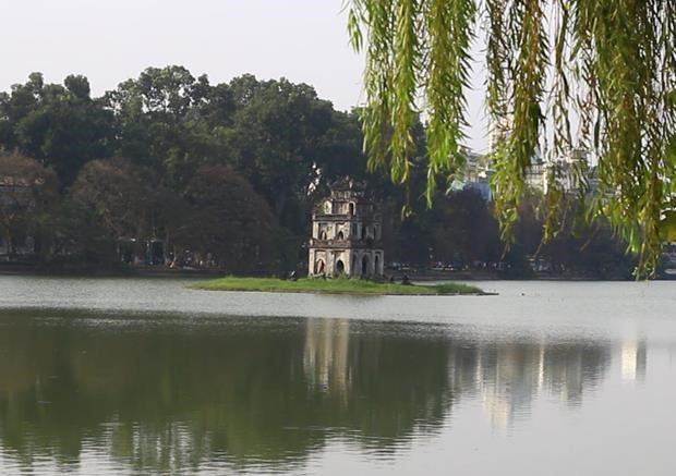 Hoan Kiem Lake in the heart of Hanoi (Photo: VNA)