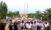 Thousands of visitors attend death anniversary of Nguyen Trung Truc