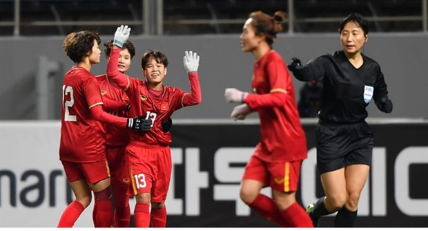 Mai Duc Chung's players celebrate their 1-0 win over Myanmar in Group A of the AFC Women's Olympic Qualifiers at the Jeju World Cup Stadium on February 6 (Photo: the-afc.com)