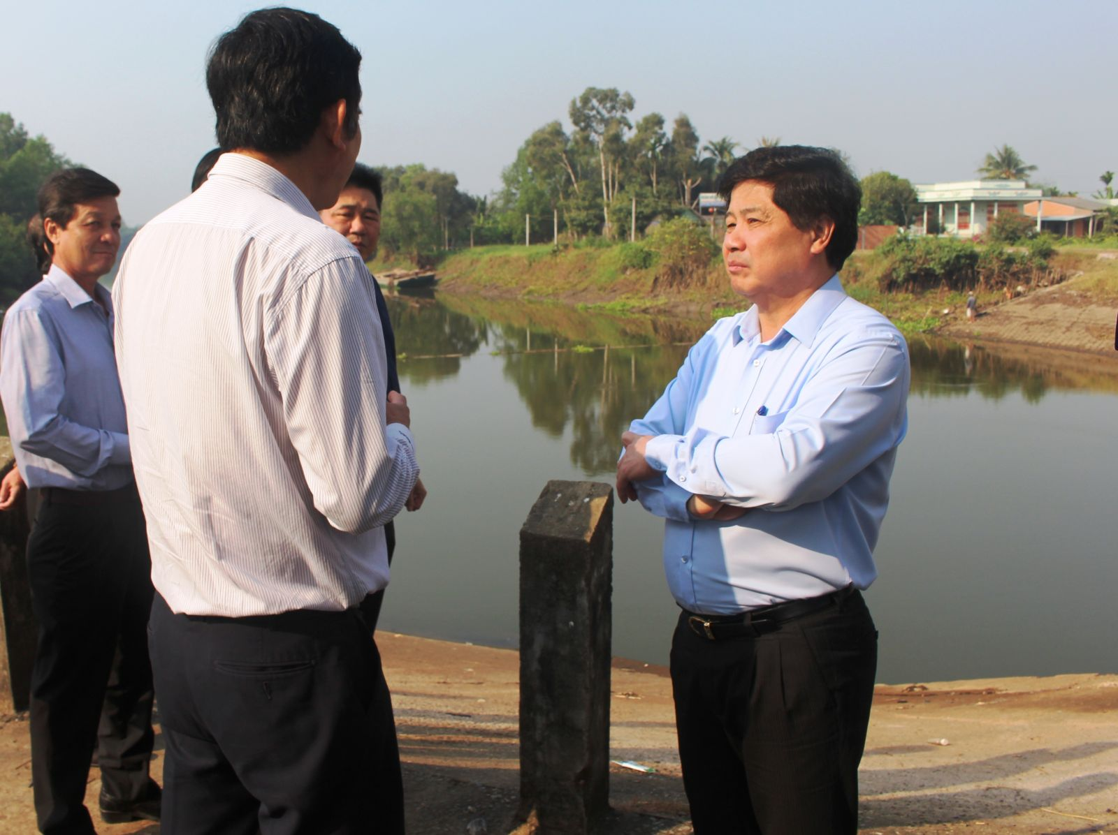 Deputy Minister of Agriculture and Rural Development - Le Quoc Doanh highly appreciated the initiative in preventing and fighting against drought and salinity in Long An