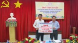 Long An receives 3 billion VND to support people suffering from drought and salty damage from the Vietnam Trade Union Bank