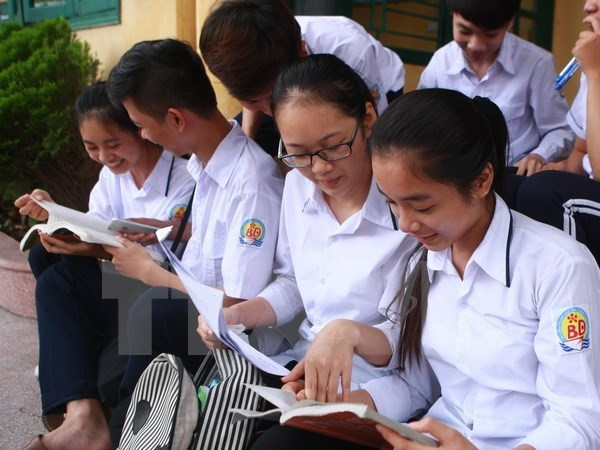 Some 900,000 twelfth graders and non-students are expected to attend the high school graduation examination. (Illustrative image. Source: VNA)