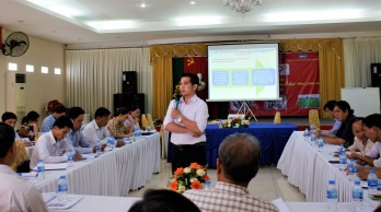 Long An: Training on implementing One Commune One Product program 2020