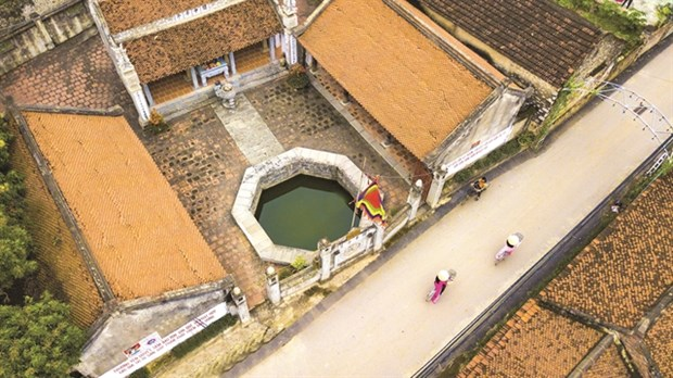 An aerial view of a well at a village in Hoa Lu district, Ninh Binh province (Photo: VNA)